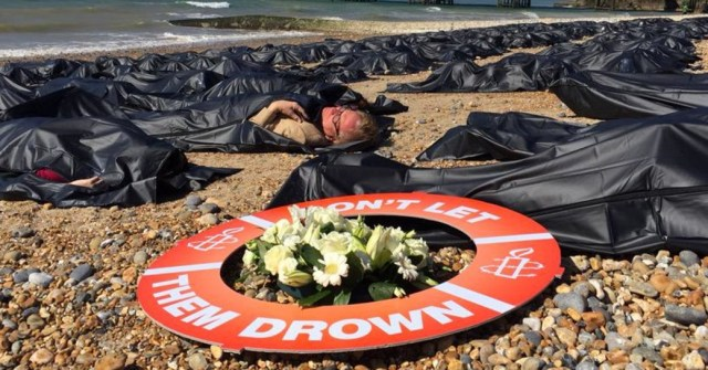 209925_sos_europe_-_die-in_brighton_beach_england